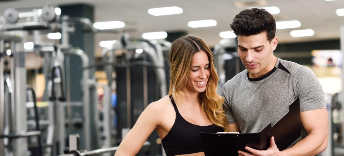 Cómo elegir al entrenador fitness adecuado