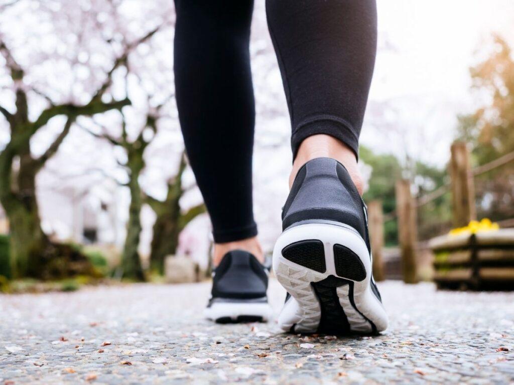 Zapatos deportivos para caminar